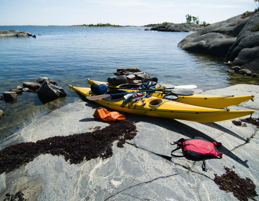 Kayaking-in-the-Stockholm-Archipelago_Helena-Wahlman-IBSweb